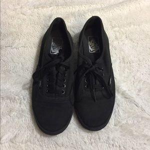 Vans low All black size 6.5 men's women 8